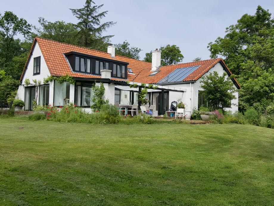 Außenaufnahme Luxury country house
