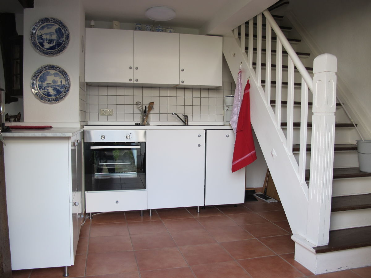 ferienhaus villa rosa mittelrhein bornich frau karin koers. Black Bedroom Furniture Sets. Home Design Ideas