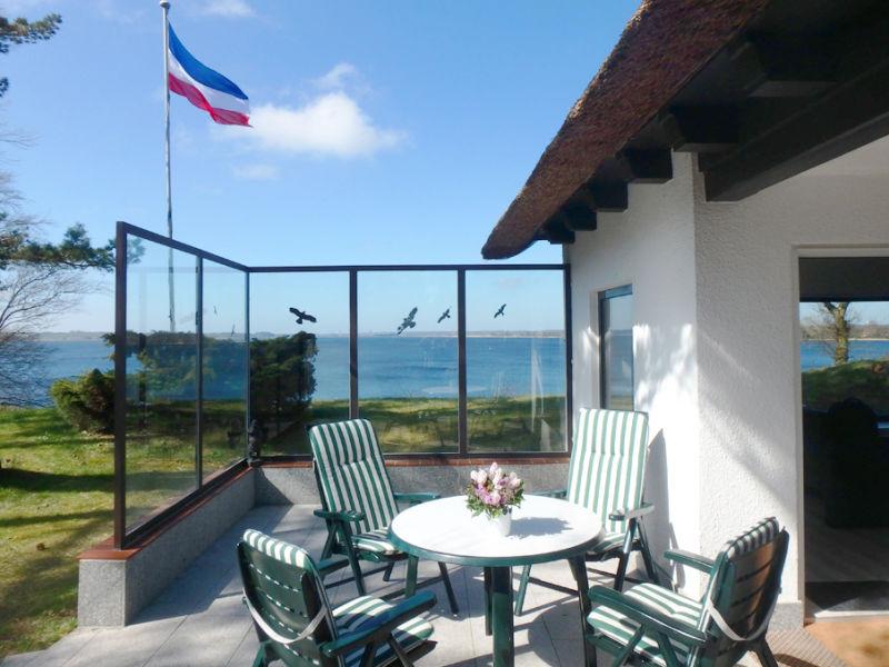 """Ferienhaus """"Fjordweitblick"""" mit fantastischem Panoramablick auf den Ostseefjord Schlei"""