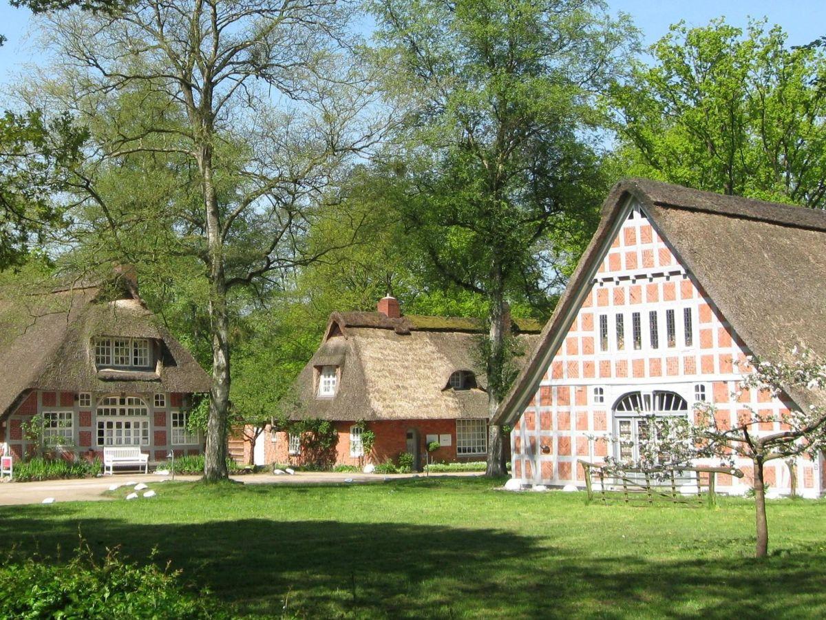 Ferienwohnung Kleine Gartenwohnung Worpswede Frau Berit