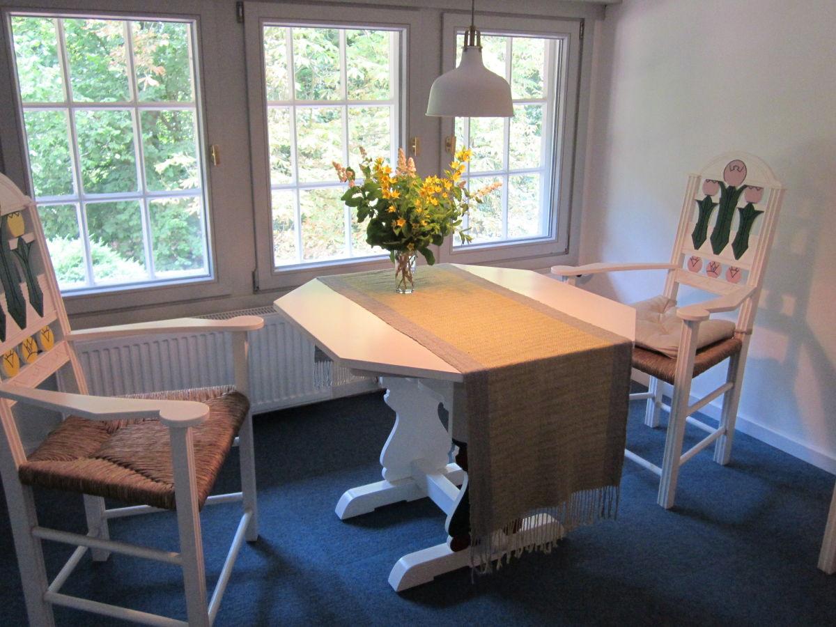 Ferienwohnung rosenzimmer apartment worpswede herr for Schlafsofa 190 lang