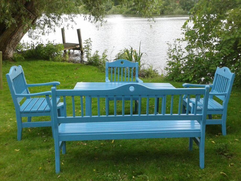 Relax, swim and listen to the river WAKENITZ...