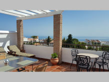 Apartment 60 - mit 28m² Traumterrasse & Panorama-Meerblick