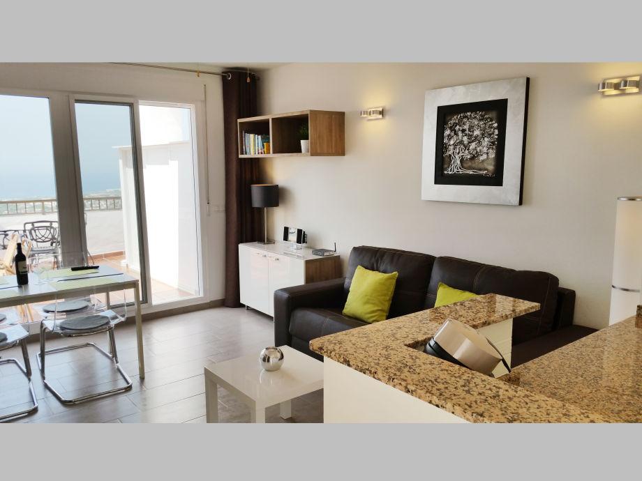 apartment 60 - mit 28m² traumterrasse & panorama-meerblick, costa, Wohnzimmer