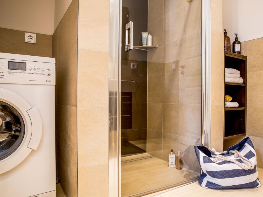ferienwohnung drudenstein 1 4 ostsee zingst firma. Black Bedroom Furniture Sets. Home Design Ideas