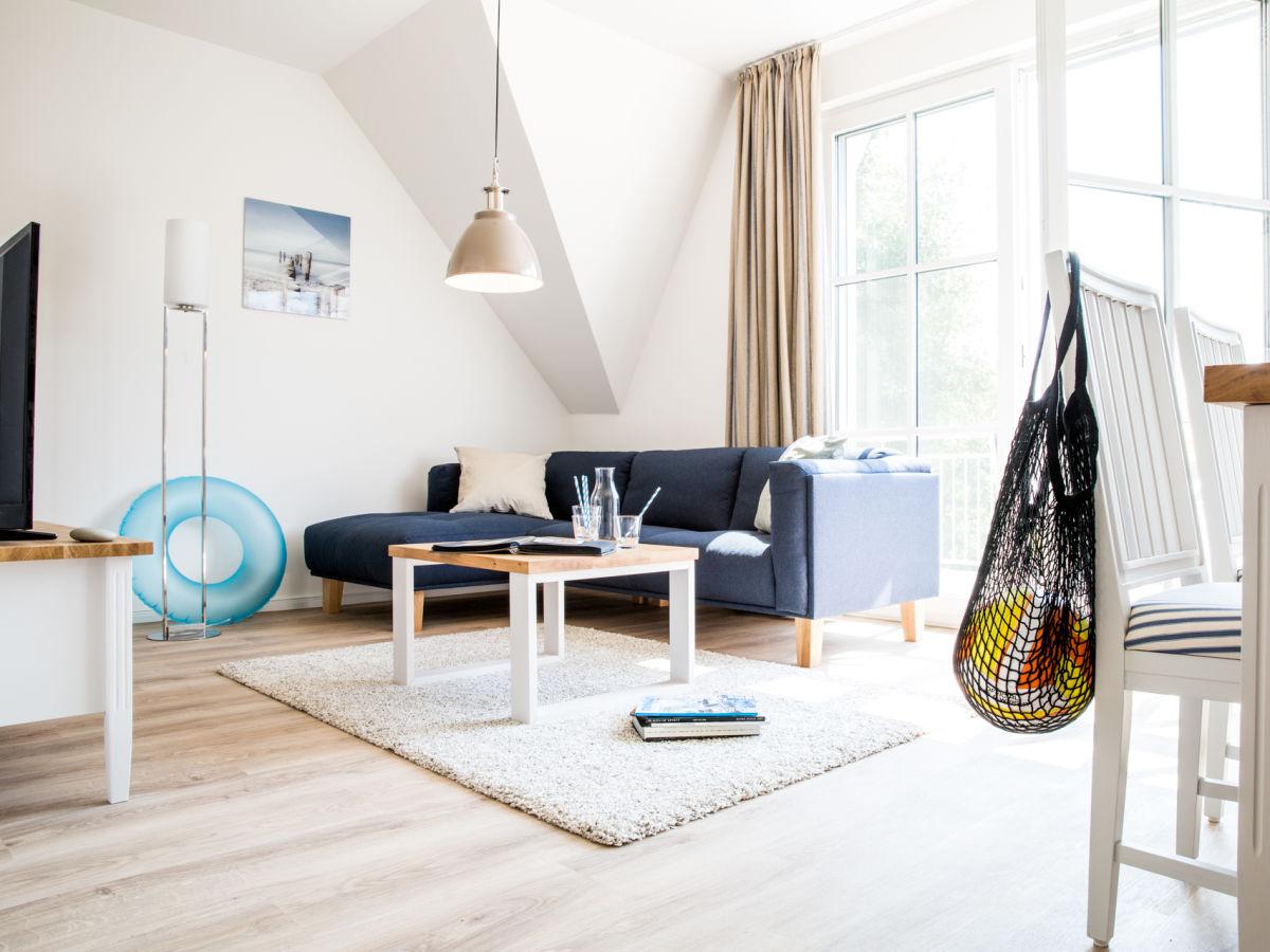 ferienwohnung diek 1 5 ostsee zingst firma relamare gmbh frau cornelia steinhage. Black Bedroom Furniture Sets. Home Design Ideas