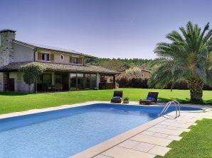 Villa 268