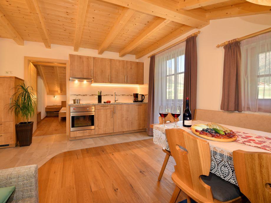 ferienwohnung almenblick kronplatz dolomiten familie marlene und walter steinmair. Black Bedroom Furniture Sets. Home Design Ideas
