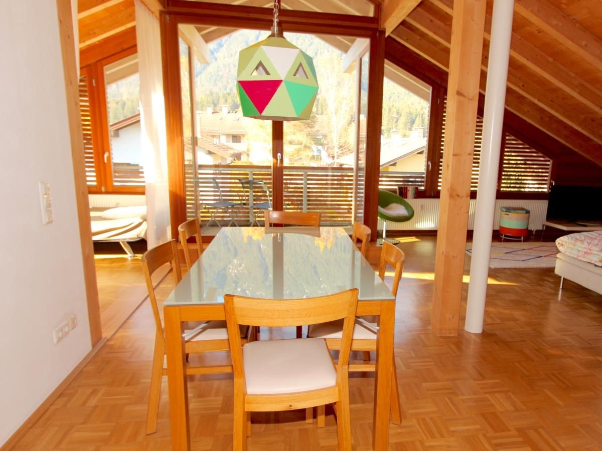 ferienwohnung freiraum oberbayern garmisch partenkirchen firma alpenferienwohnungen frau. Black Bedroom Furniture Sets. Home Design Ideas