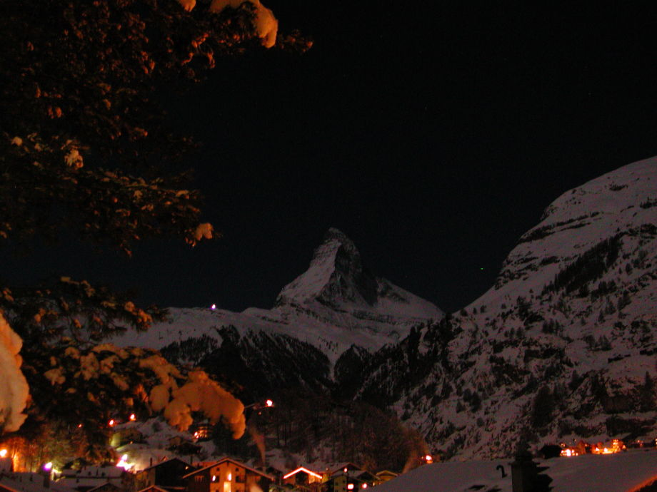 Night view of the matterhorn from the balcony