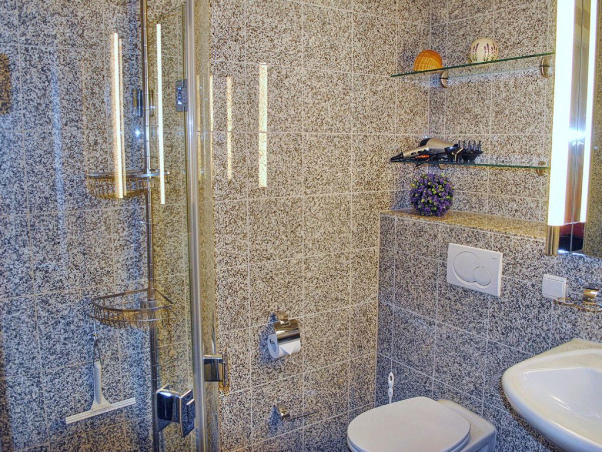 ferienwohnung 7 nixe in der villa helene ostsee r gen. Black Bedroom Furniture Sets. Home Design Ideas