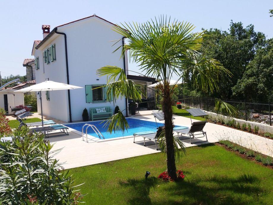 Pool, Garten, Überdachte Terrasse