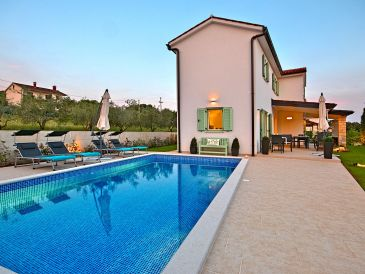 Villa Barbara mit Pool****
