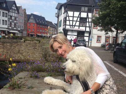 Ihr Gastgeber Angela de Crom-Goossens