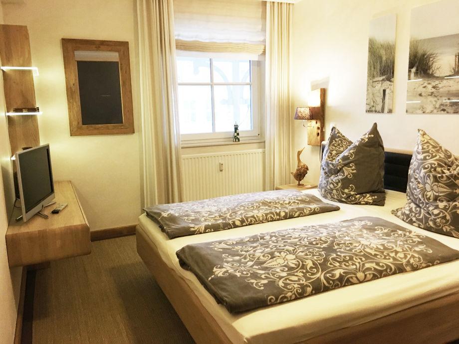 ferienwohnung luxuskoje 20 ferienregion ostsee insel. Black Bedroom Furniture Sets. Home Design Ideas