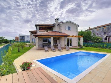 Villa 283
