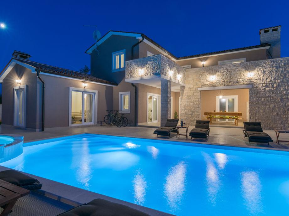 Villa Rental