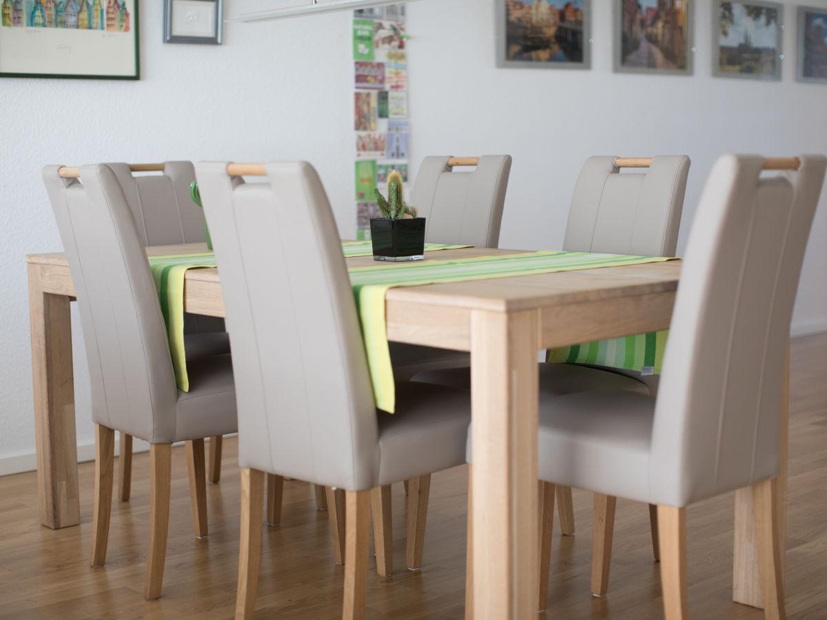 apartment speicherquartier l neburg firma. Black Bedroom Furniture Sets. Home Design Ideas