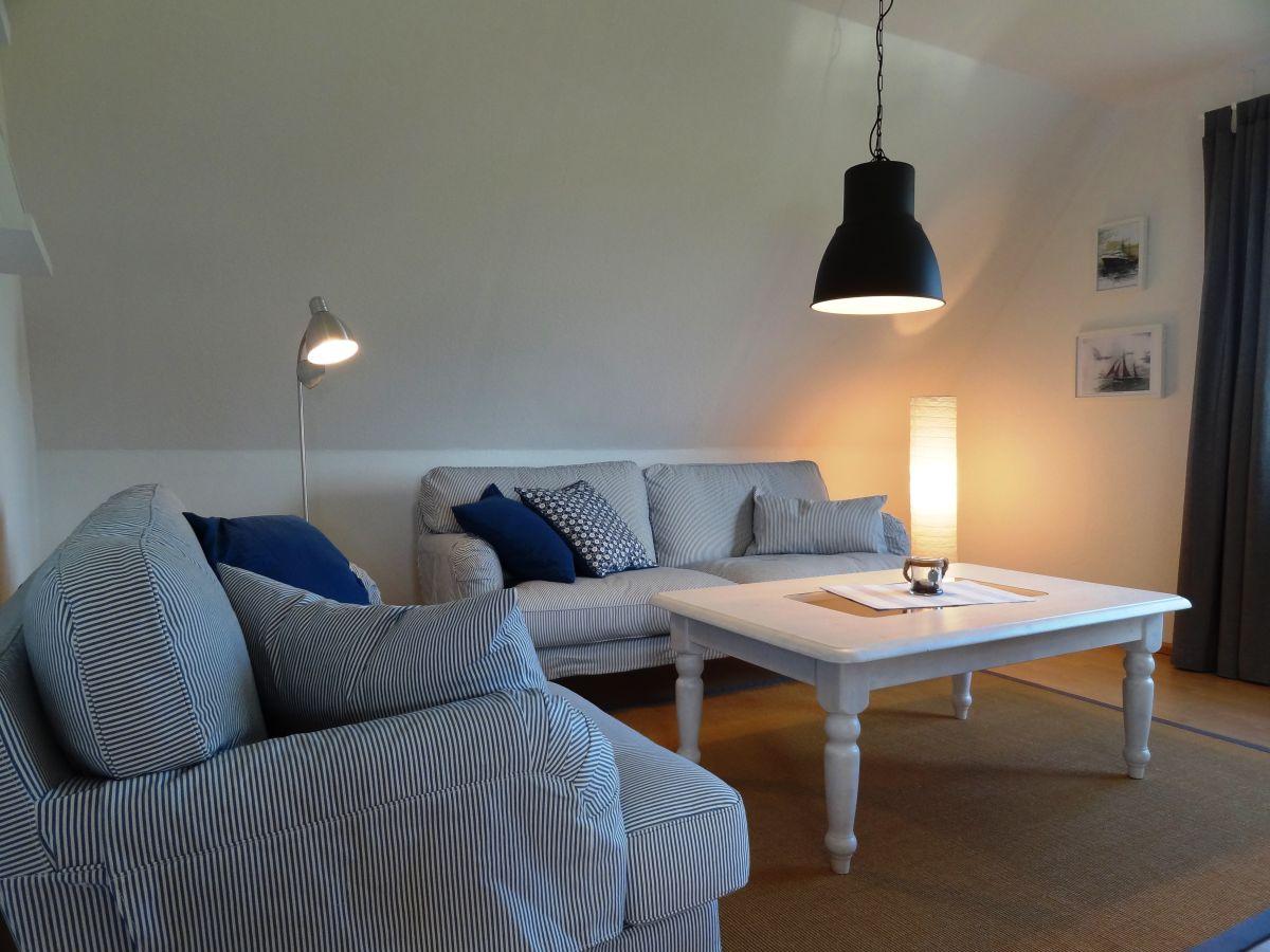 ferienwohnung ankerplatz drochtersen krautsand frau. Black Bedroom Furniture Sets. Home Design Ideas