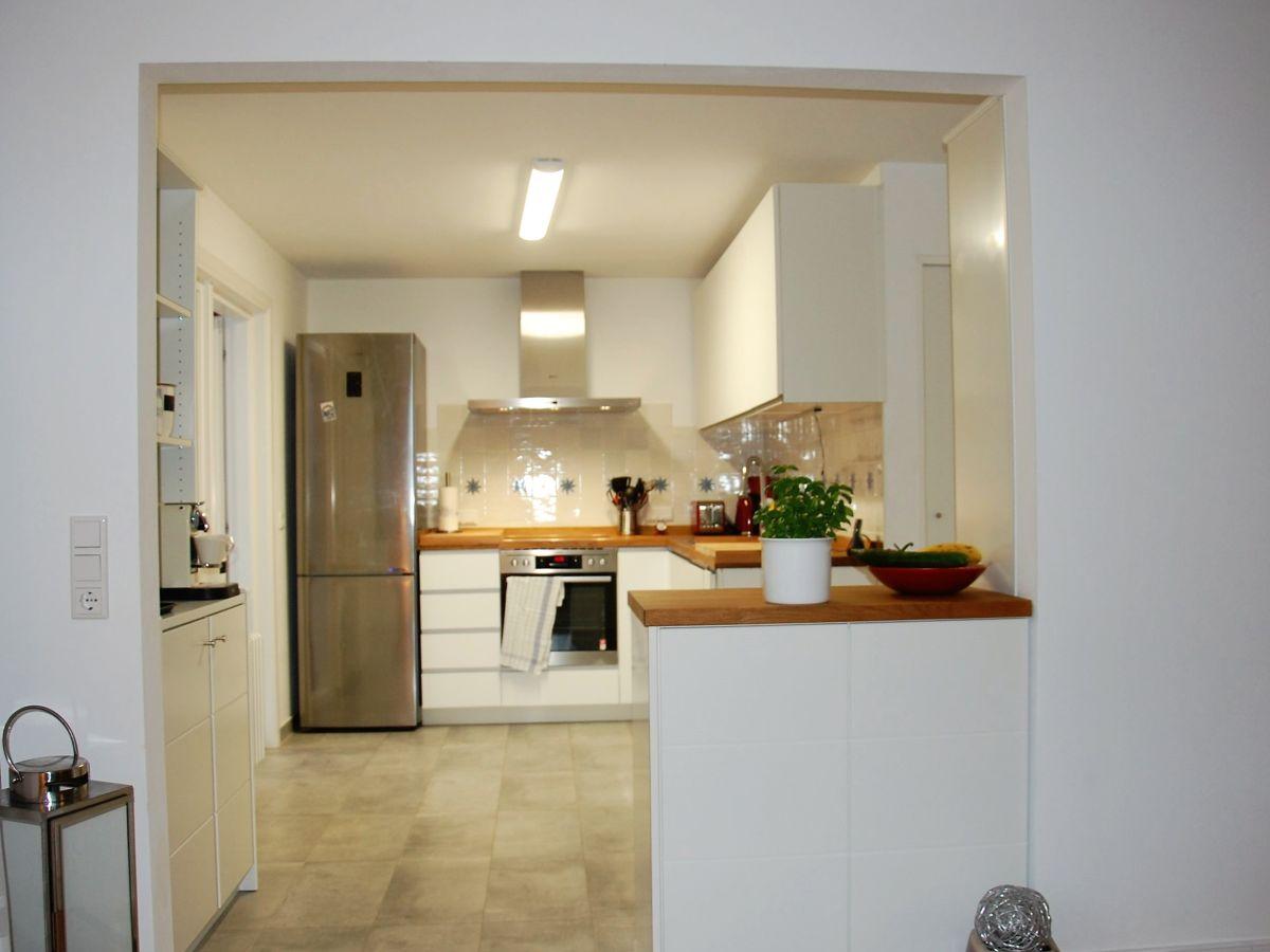 modernes wohnen im ferienhaus eva wyk auf f hr firma sabine lorenzen immobilien frau sabine. Black Bedroom Furniture Sets. Home Design Ideas