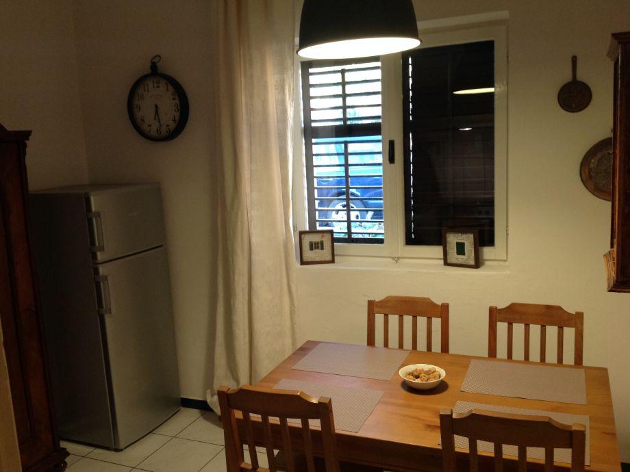 ferienwohnung ante hvar jelsa herr petar ivankovic. Black Bedroom Furniture Sets. Home Design Ideas