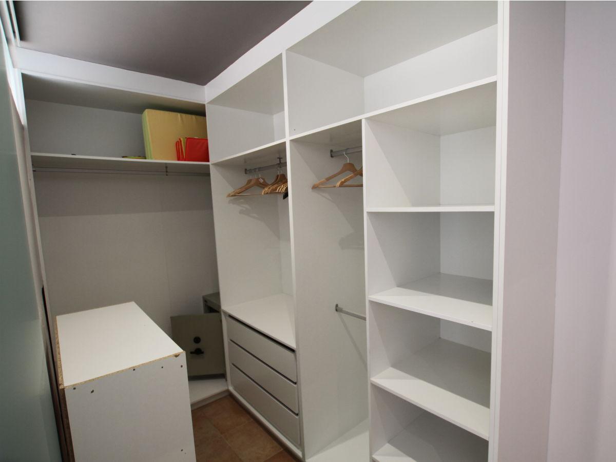 finca carino mallorca firma fincahit gmbh herr meik hildebrandt. Black Bedroom Furniture Sets. Home Design Ideas