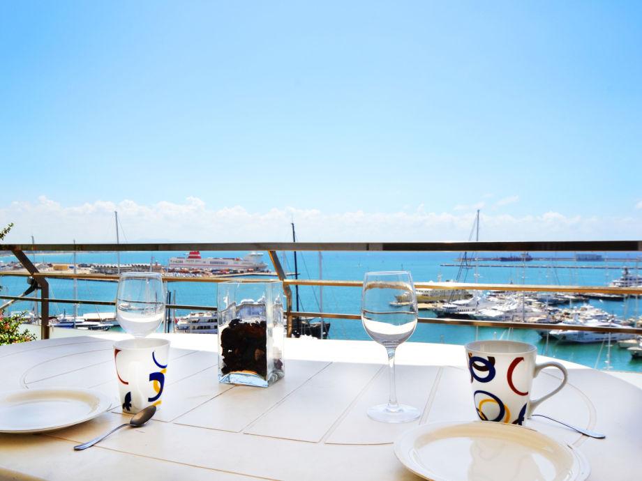 Traumhafte Aussicht auf die Bucht von Palma de Mallorca