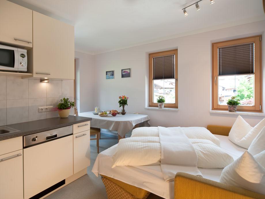 ferienwohnung apart heim typ a mayrhofen ramsau hippach firma apart heim familie. Black Bedroom Furniture Sets. Home Design Ideas