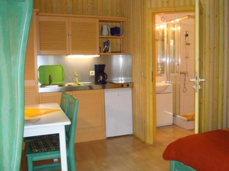 ferienwohnung im gartenhaus dassow ostsee kaiserb der achterland firma. Black Bedroom Furniture Sets. Home Design Ideas