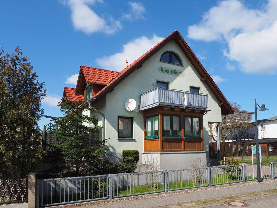 """Außenaufnahme im Feriendomizil """"Hus Günter"""" 2"""