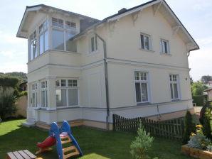Ferienwohnung 1 in der kinderfreundlichen Villa