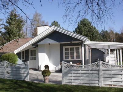 Spitze Grau-Weißes Ferienhaus