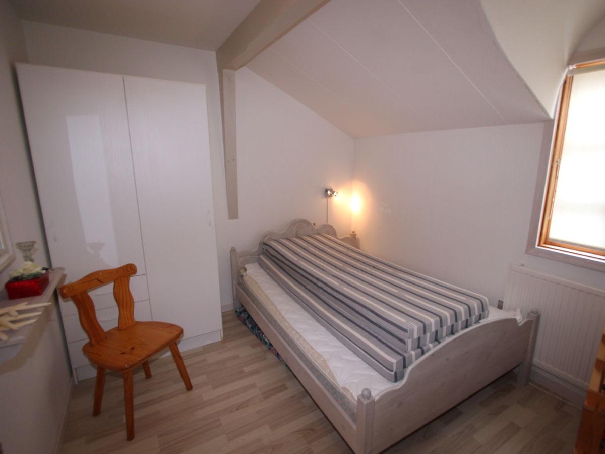 spitze grau wei es ferienhaus falster marielyst firma d nemarks s d spitze ferienwohnungen. Black Bedroom Furniture Sets. Home Design Ideas