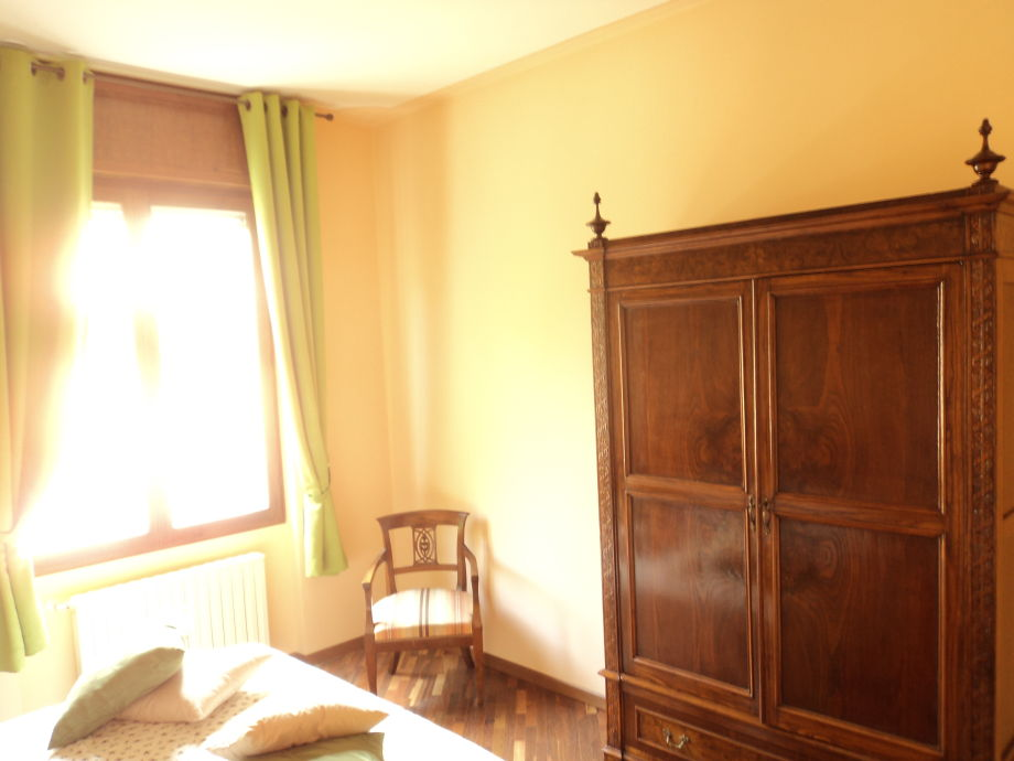 ferienwohnung sirmio gardasee frau tizi leve. Black Bedroom Furniture Sets. Home Design Ideas