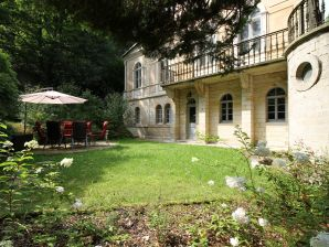 "Holiday apartment Jagdschloss Bielatal ""Helena"""