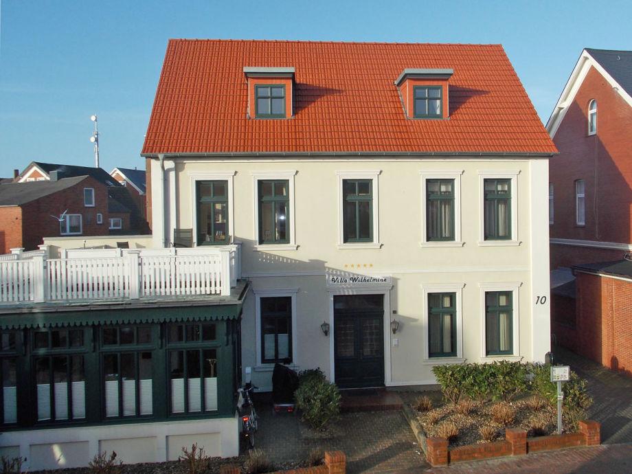 Die Villa Wilhelmine von vorne