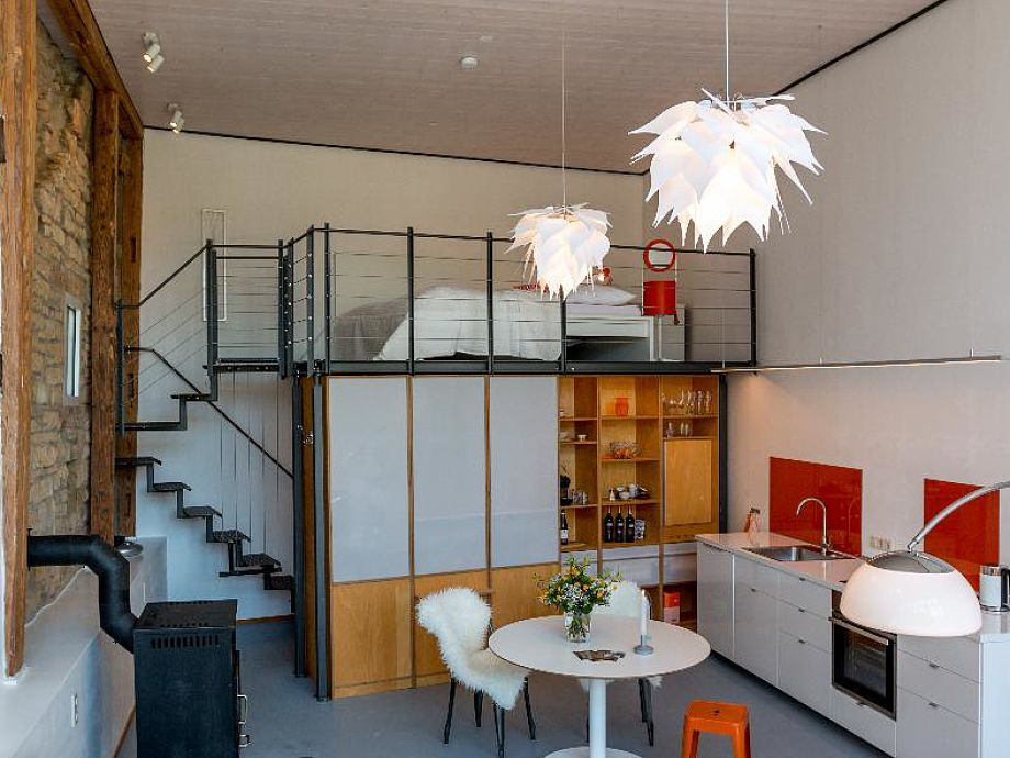 Hohe Decken - Licht und Luft - Stil und Moderne!