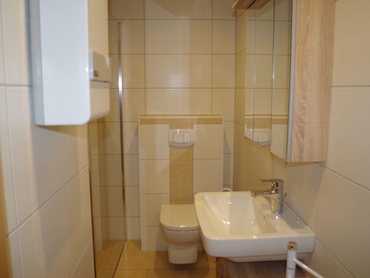 Ferienwohnung am kluger see mecklenburgische seenplatte for Modernes bad mit dusche