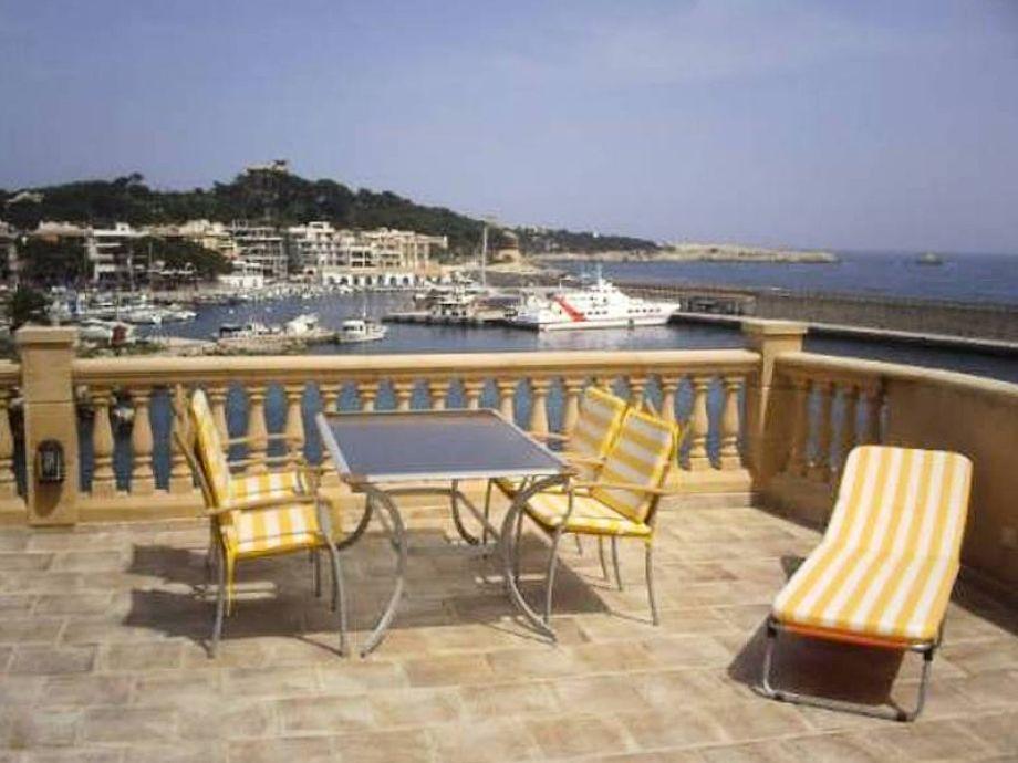 Große Terrasse mit Meer- und Hafenblick Cala Ratjada