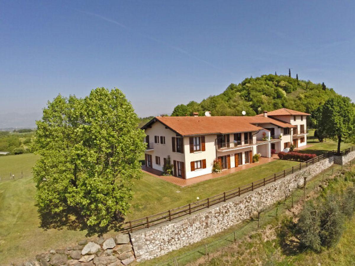 ferienhaus villa monte croce app 4 italien lombardei gardasee firma anita woithe. Black Bedroom Furniture Sets. Home Design Ideas