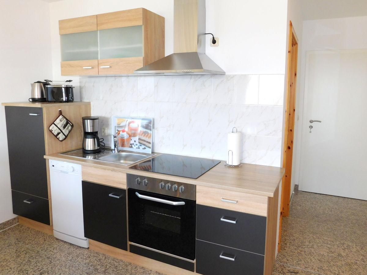 ferienwohnung denny im waldeck ostsee firma schlesner vermietung herr maik schlesner. Black Bedroom Furniture Sets. Home Design Ideas