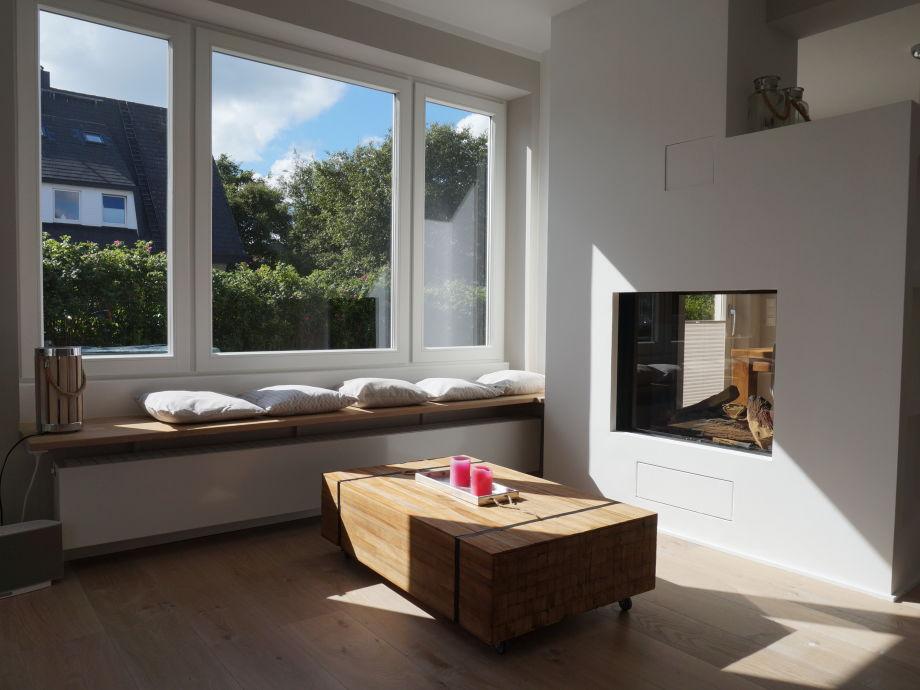 Wohnzimmer mit gemütlicher Sitzbank