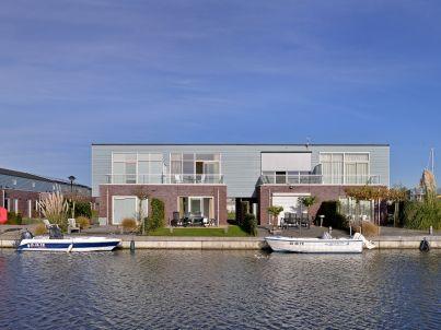 Marinapark Oude-Tonge - Verbundenes Inselhaus