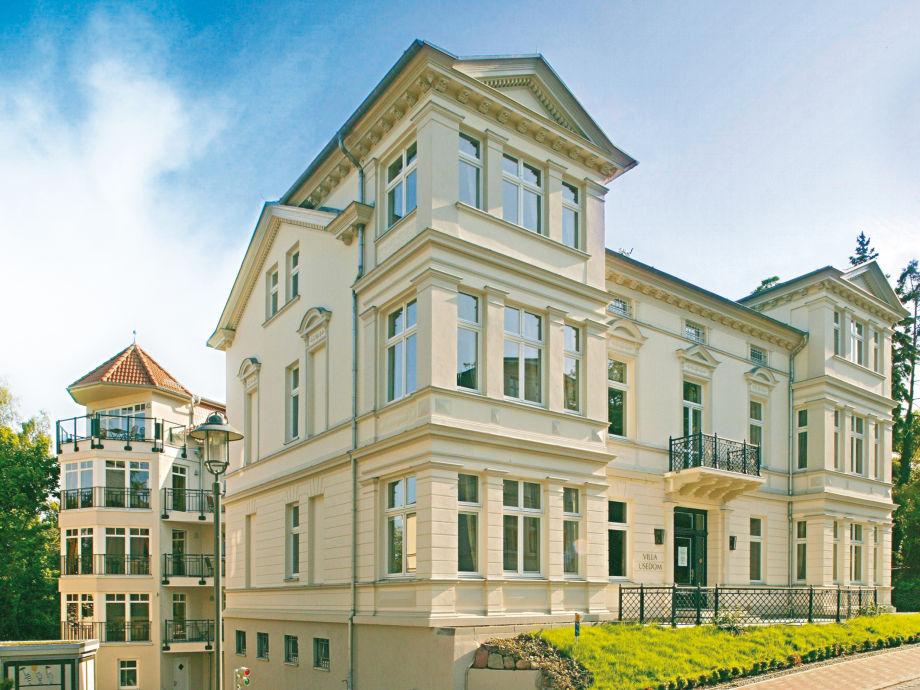 Villa Usedom - historisch (hinten Neubauresidenz)