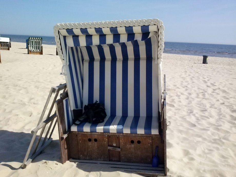 ferienwohnung mit strandkorb insel usedom frau christa. Black Bedroom Furniture Sets. Home Design Ideas