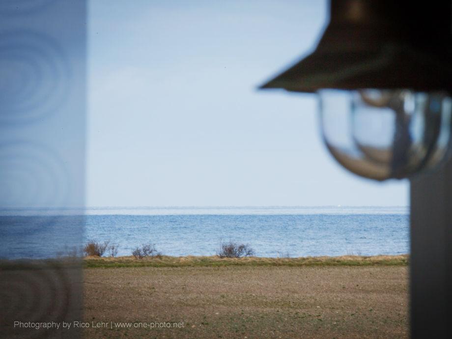 Blick vom Esstisch der Galeonsstube auf die Ostsee