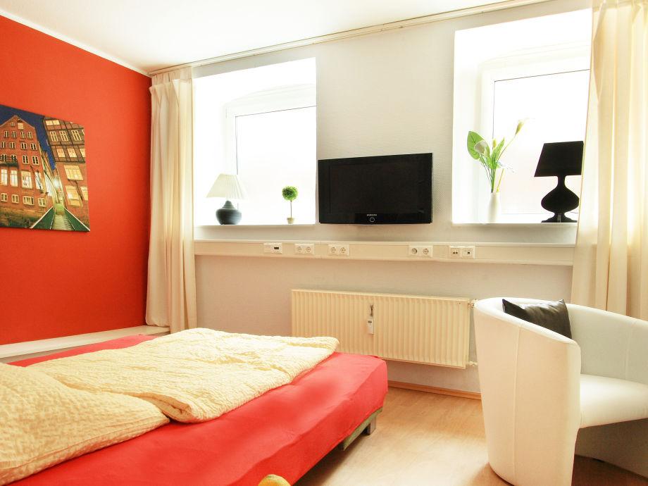 apartment tiefgang hamburg firma agentur am fischmarkt. Black Bedroom Furniture Sets. Home Design Ideas