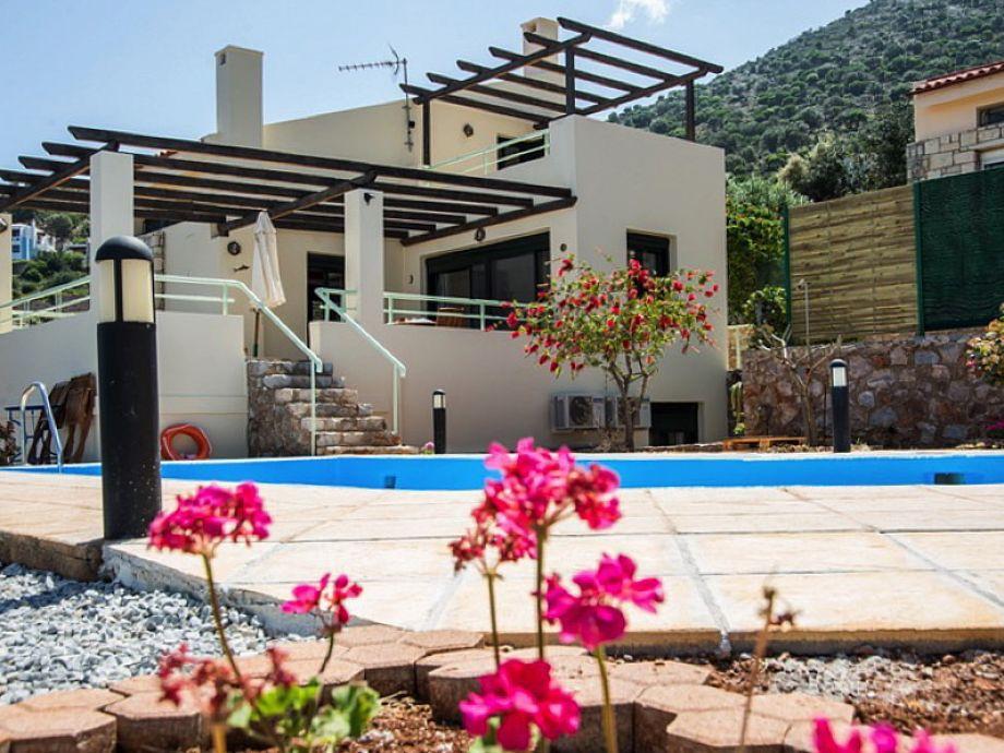 Ferienhaus Mynar mit Pool