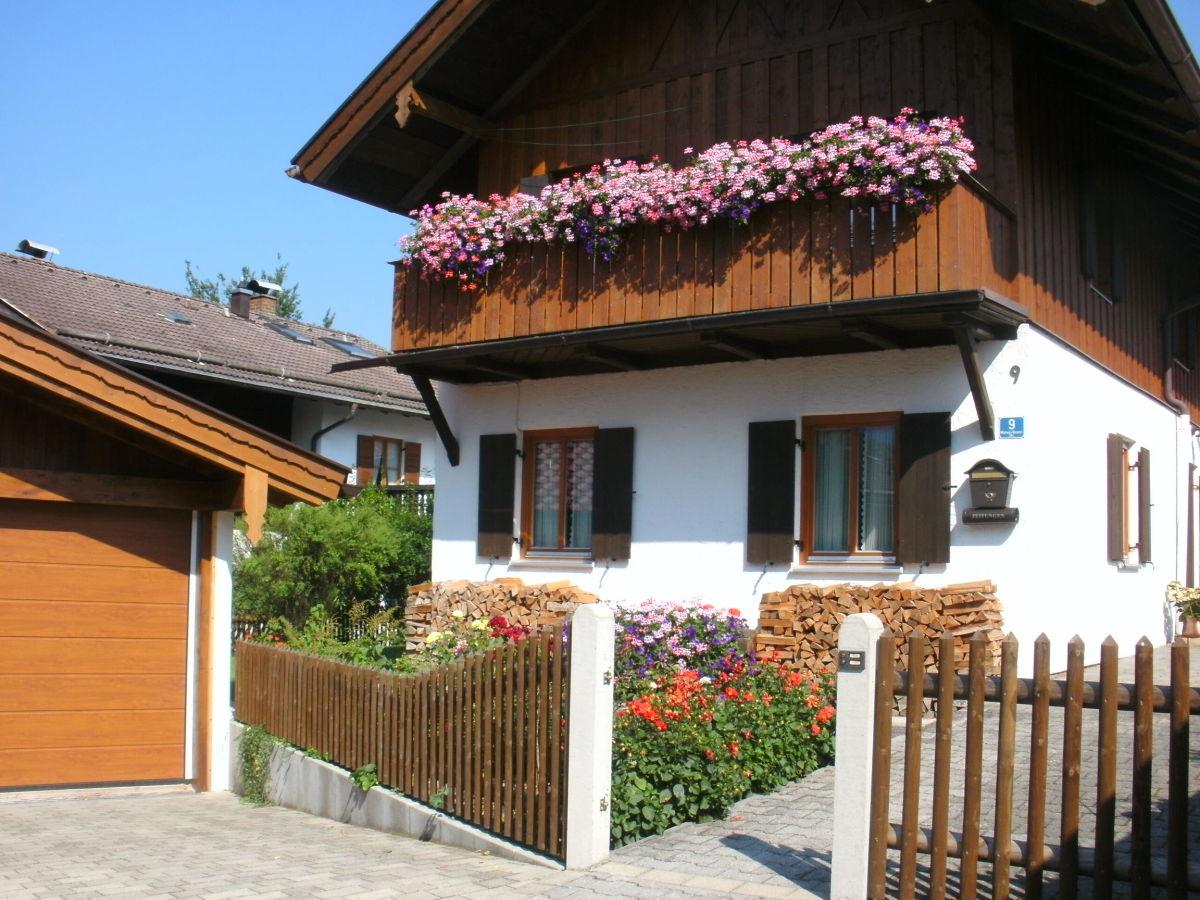 ferienwohnung zilk ammergauer alpen zugspitz region frau anneliese zilk. Black Bedroom Furniture Sets. Home Design Ideas