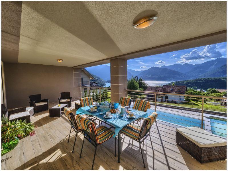 Ferienwohnung Deluxe in der Villa Camelia